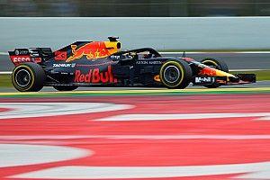 GALERI: Aksi mobil Red Bull Racing RB14 di tes F1 Barcelona