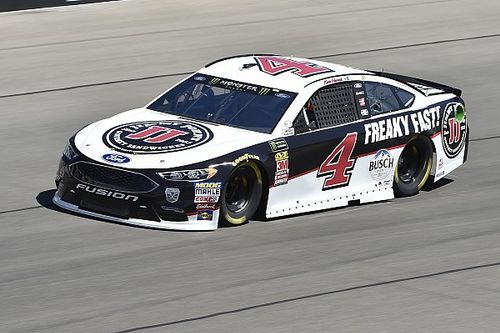 Harvick continues domination into Stage 2 at Las Vegas