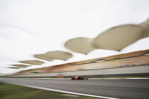 """Ricciardo blij met monteurs: """"Ze hebben keihard gewerkt"""""""