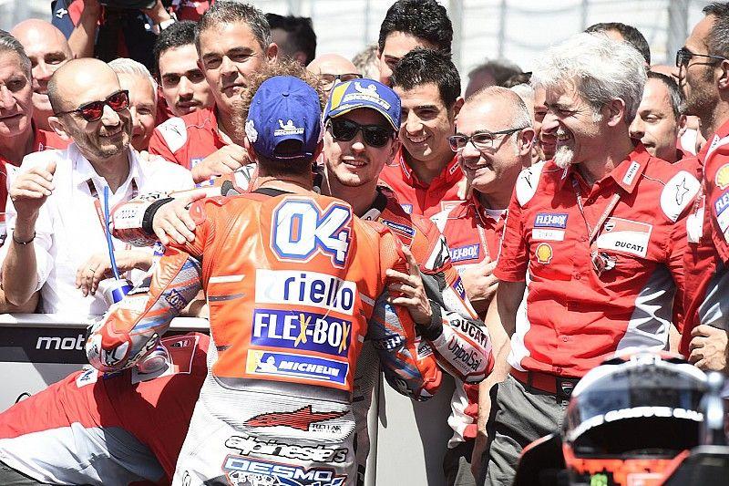 Análisis: 'chapeau' para Márquez, Lorenzo y Honda