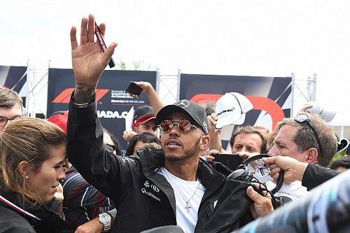 Hamilton teme un fin de semana difícil por el retraso del nuevo motor
