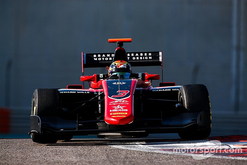 Ferrari'nin genç pilotu Ilott, ART ile GP3'te yarışacak