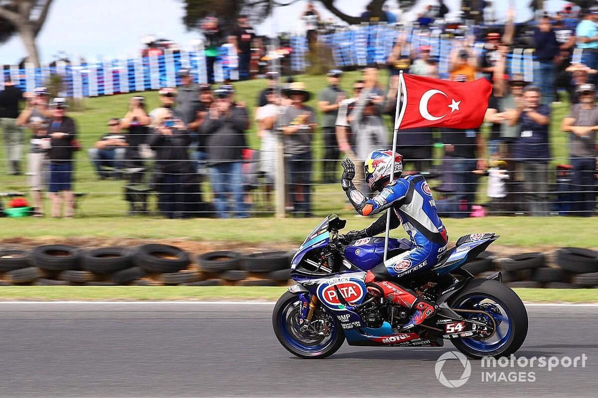 """Sofuoğlu: """"Toprak'a MotoGP'den teklif geldi"""""""