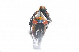 Moto2, Phillip Island, Libere 1: Martin beffa Bulega