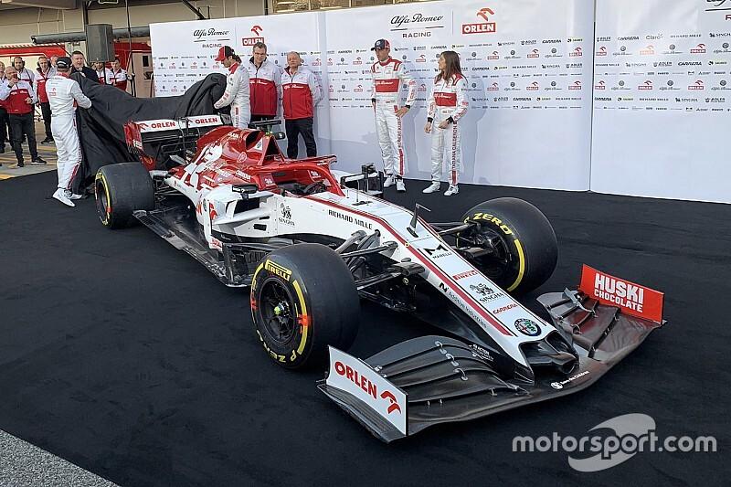 Alfa Romeo последней в Формуле 1 официально представила новую машину