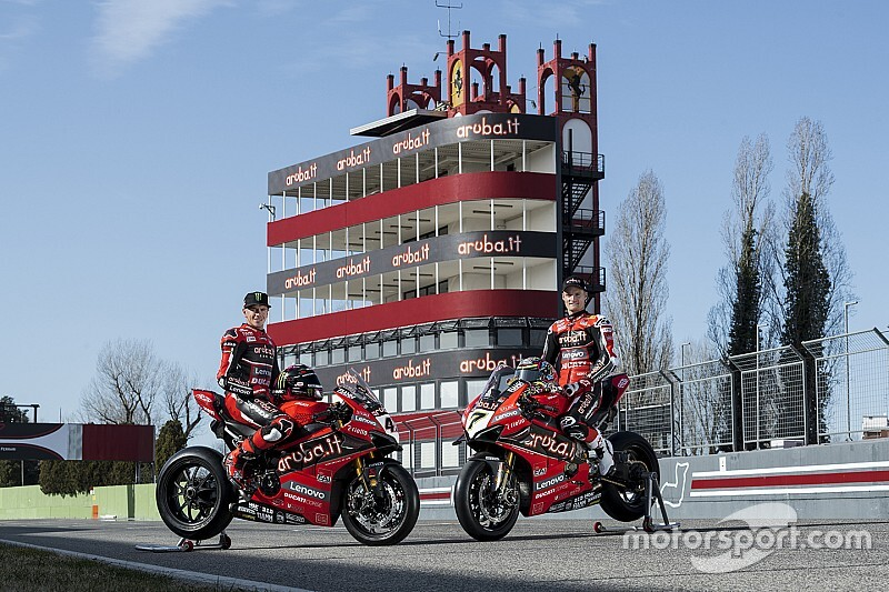 Fotogallery SBK: le Ducati Panigale V4 R dell'Aruba.it Racing
