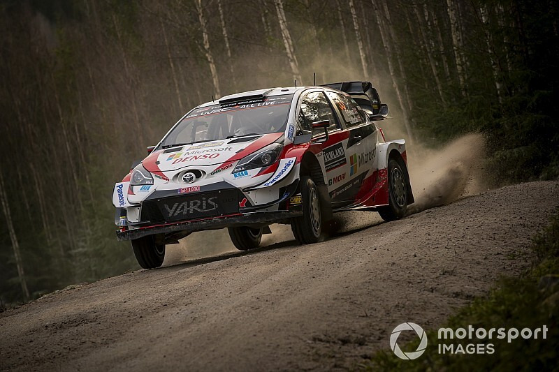 Evans lidera el viernes del WRC en Suecia