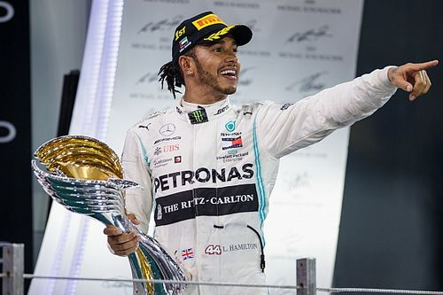 "Wolff sees ""25% chance"" of Hamilton leaving Mercedes"