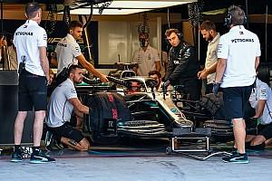 Mercedes, Russell ile 18 inç lastik testine başladı