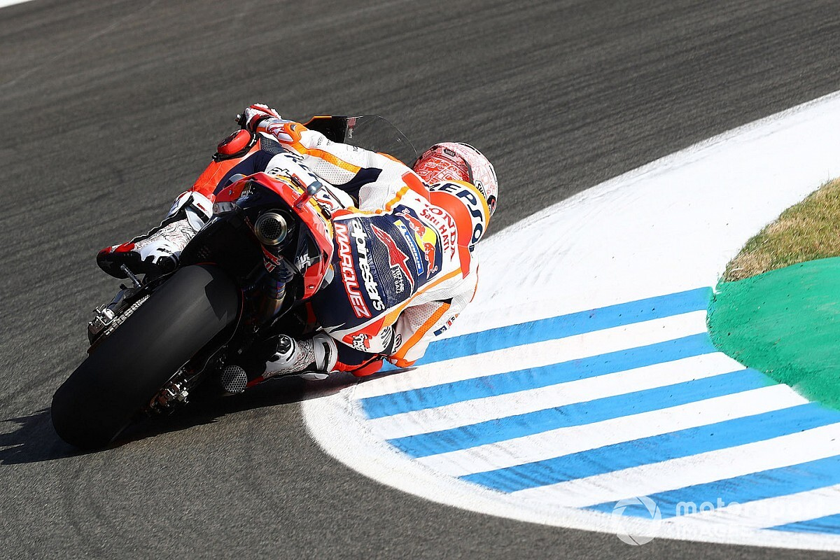 Marc Márquez manda también en el warm up en Jerez