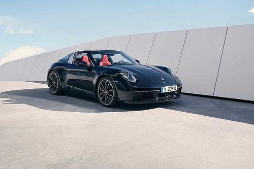 Porsche официально представила сразу два новых 911 Targa