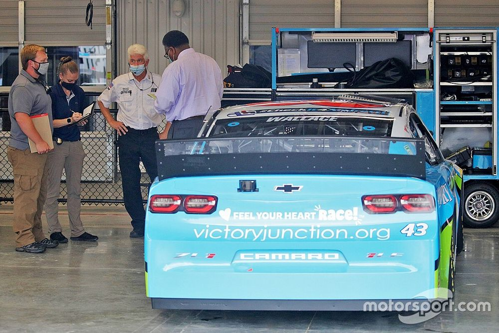 Opinion: Bubba Wallace noose incident leaves stain on the sport