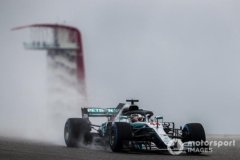 Hamilton snelste tijdens natte eerste training in Austin, Verstappen derde