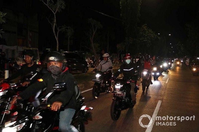 Ratusan bikers ramaikan riding malam Suzuki Special Day