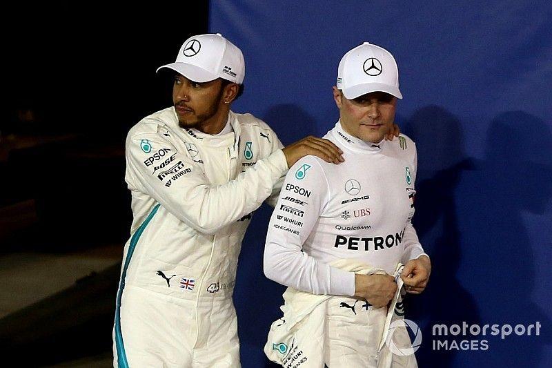 Hamilton óriási vereséget mért Bottasra a Mercedesnél: a száraz tények!