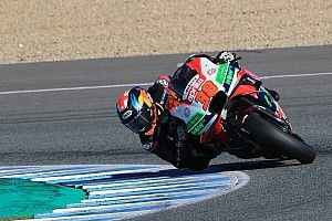 "Smith: Test rider mindset ""out the window"" for Aprilia races"