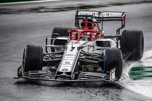 "Raikkonen: F1's wet-weather limitations ""look ridiculous"""