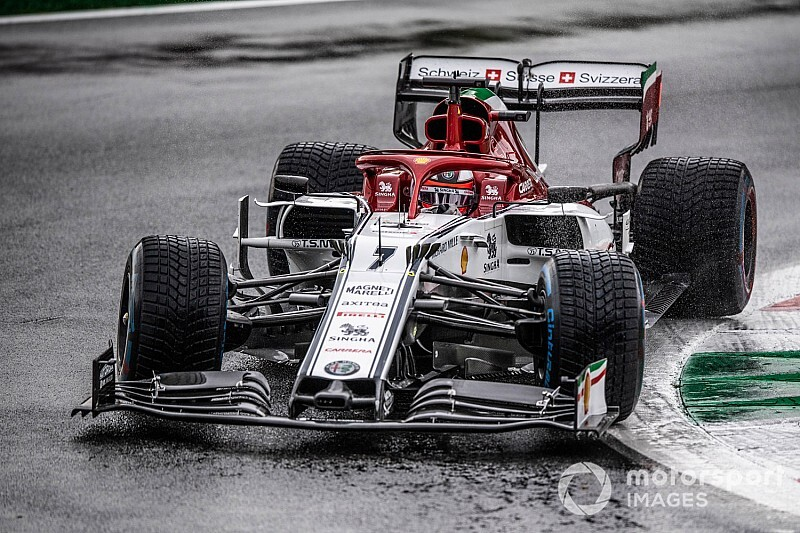 "Raikkonen: F1's wet-weather limitations ""look ridiculous"""
