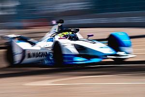 Sims marad a BMW i Andrettinél a Formula E-ben