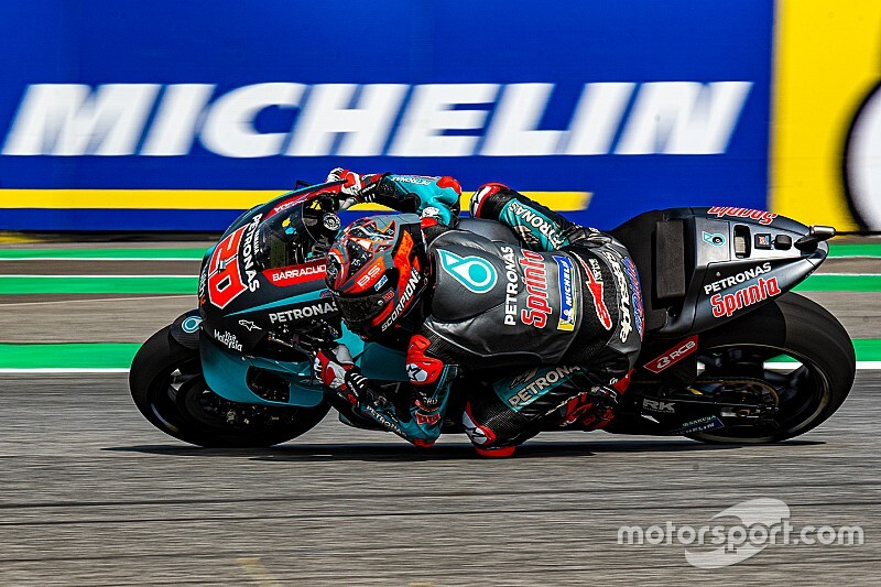 MotoGP, Buriram, Libere 4: Quartararo beffa Marquez di un soffio