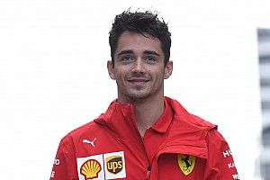 Leclerc kezdett az élen Szocsiban, Vettel majdnem 0.5 másodpercet kapott