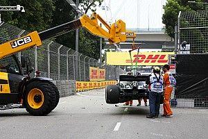 Видео: Боттас разбивает машину на тренировке