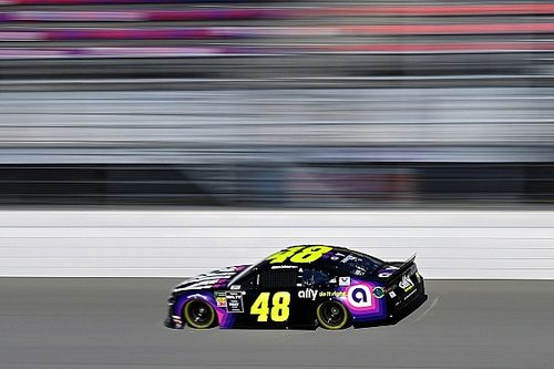 Despite setback Jimmie Johnson plans to 'fight for every point'