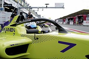 W Series Assen: Visser begint race vanaf P4, Kimilainen op pole