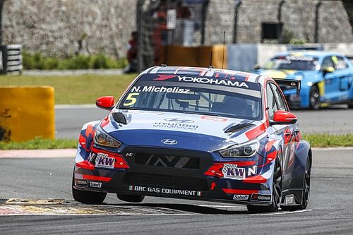 Ningbo WTCR: Michelisz takes points lead with Race 2 win