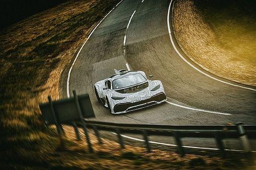 Mercedes-AMG Project One: test su pista per la F1 stradale