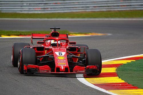 A Whiting le divierten las sospechas de Hamilton sobre Ferrari