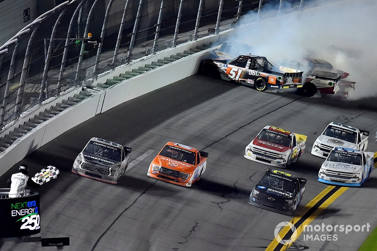 Ben Rhodes claims victory in chaotic Truck opener thumbnail