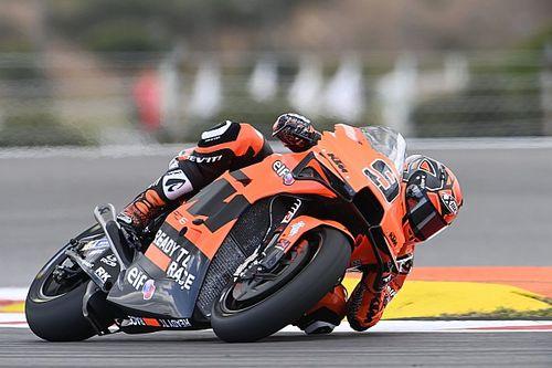KTM: a Jerez arrivano nuove parti per Petrucci