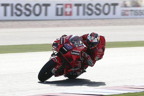 Qatar MotoGP: Miller leads tight FP2, Honda's Espargaro crashes again