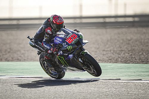 MotoGP, Qatar, Warm-Up: Quartararo nell'1-2 Yamaha