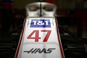 """Haas: """"1&1 Schumacher'in değil, Haas'ın sponsoru"""""""