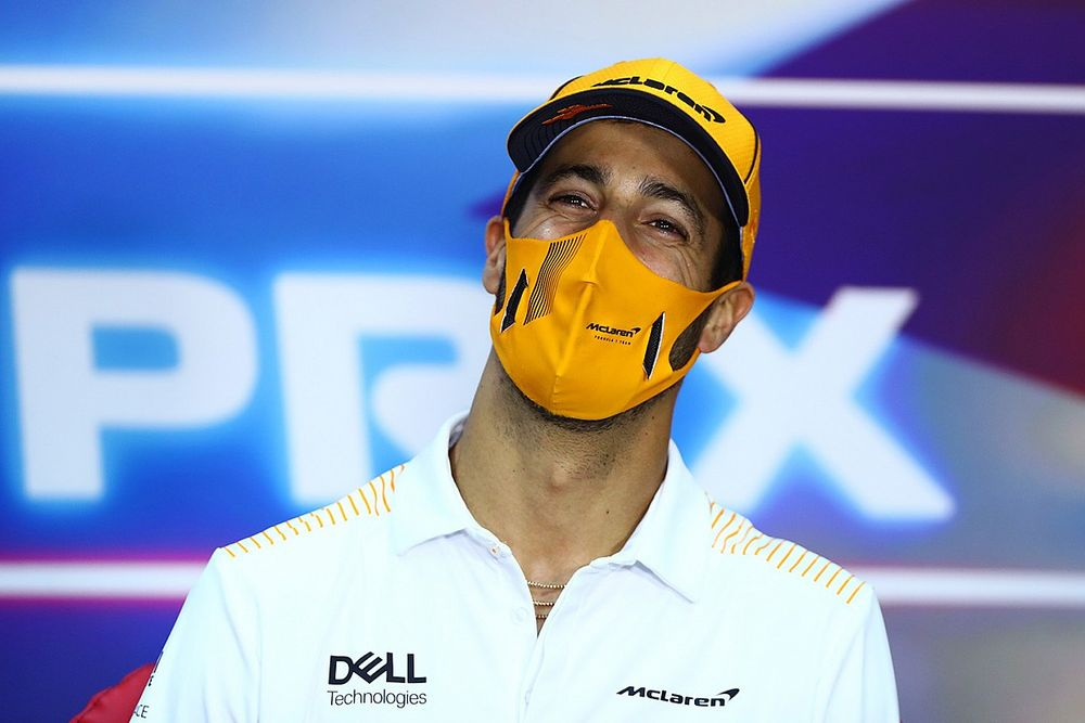 "Ricciardo: McLaren ""worked me pretty hard"""