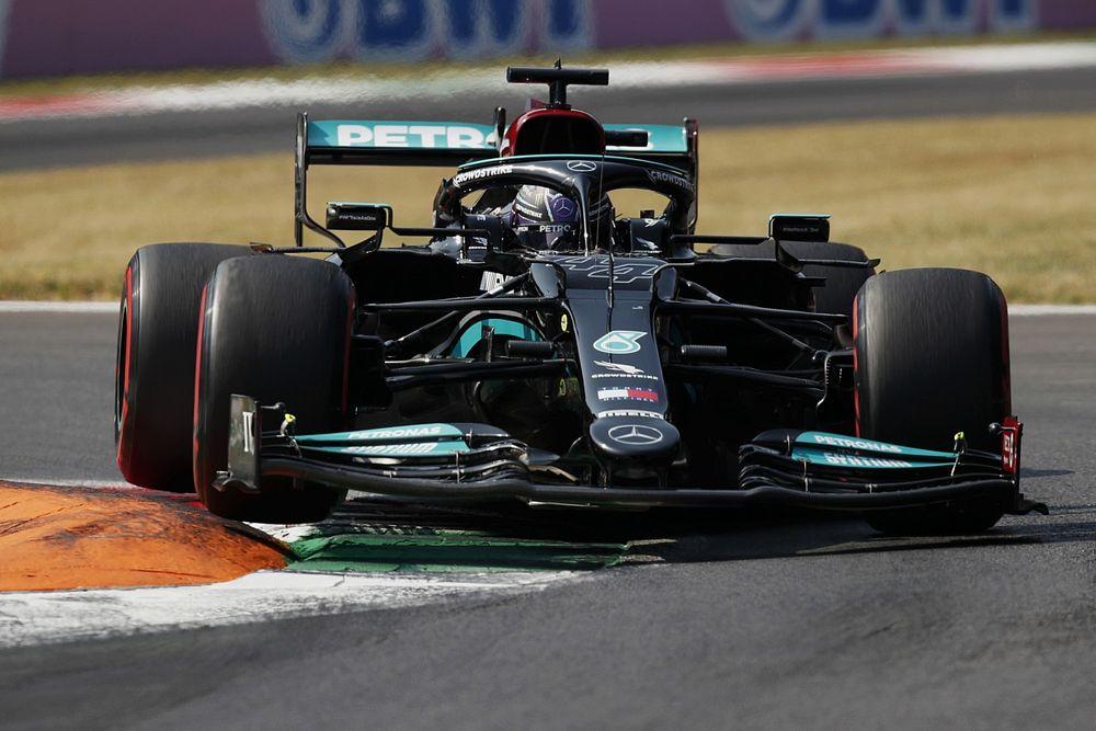 Hamilton rajtavesztett a sprinten, nem is volt boldog