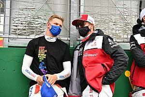 """Raikkonen: """"Mick'in Haas'ta yarışması hem iyi hem de kötü"""""""