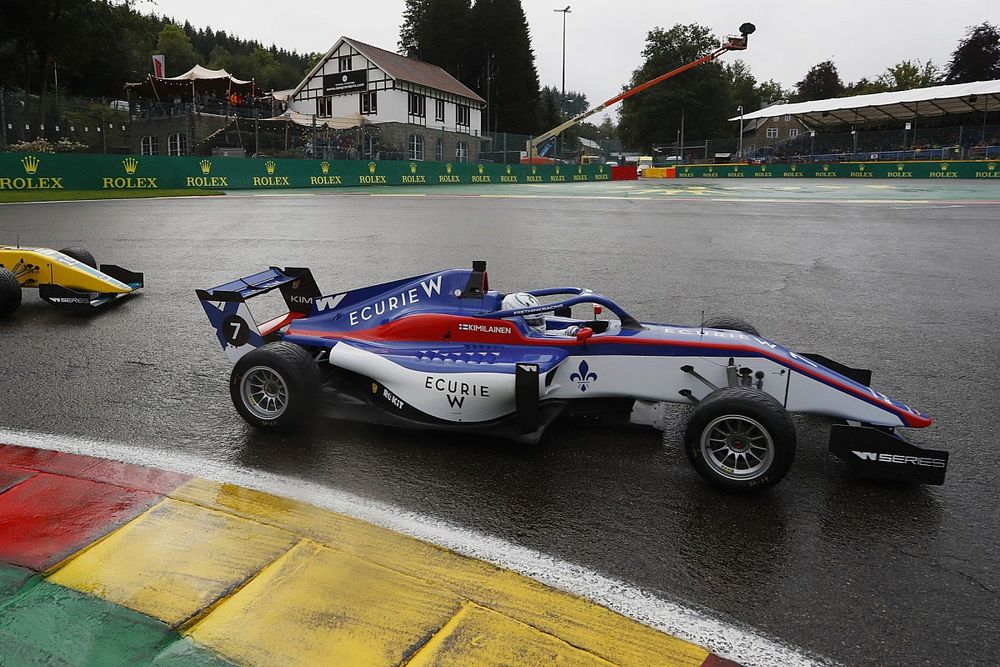 W Series Spa: Kimilainen wins after sweeping past Chadwick in wet race