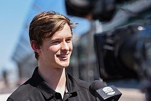 """Ilott """"in discussions"""" over IndyCar switch in 2022"""