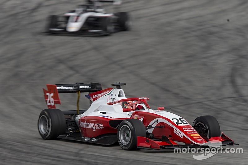 F3, Austria, Libere: Armostrong piazza la zampata nel finale e si prende il miglior tempo