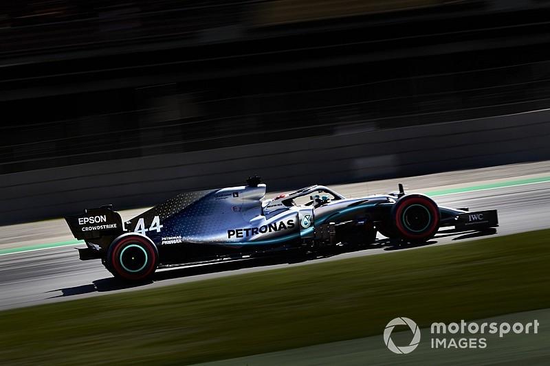 EL3 - Hamilton prend les devants, Bottas goûte aux graviers