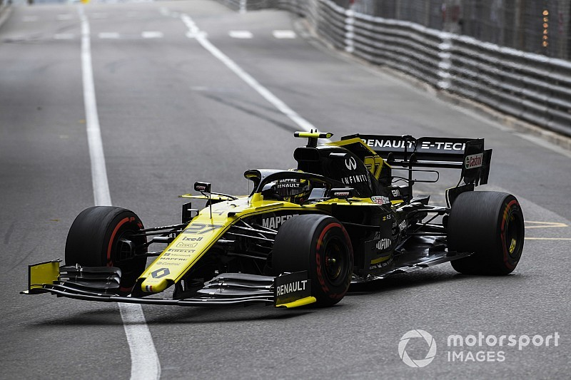 "Sainz: Renault and Haas have lost ""margin"" they had in 2018"
