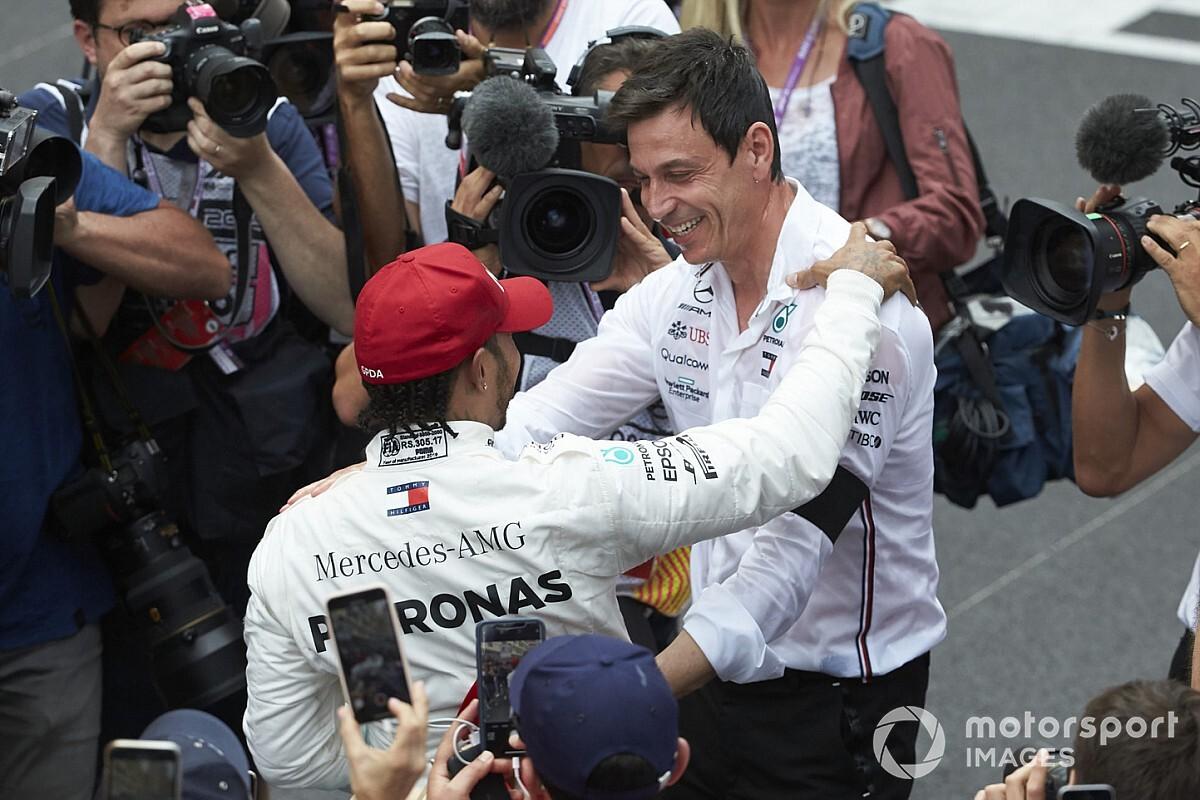 汉密尔顿的F1未来不由沃尔夫的去留决定