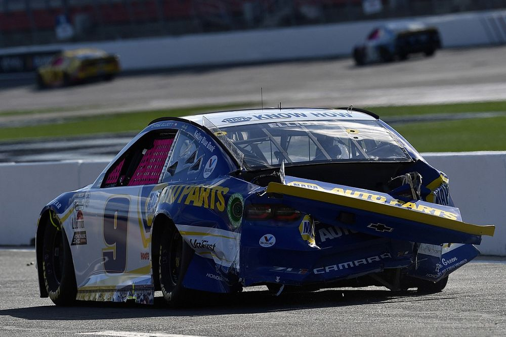 """Elliott wishes Harvick a """"merry offseason"""" after Roval run-in"""