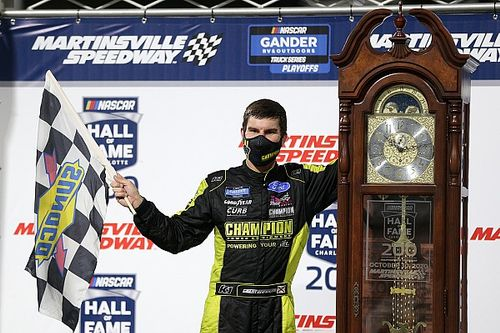Enfinger wins wild Martinsville Truck race to earn title shot