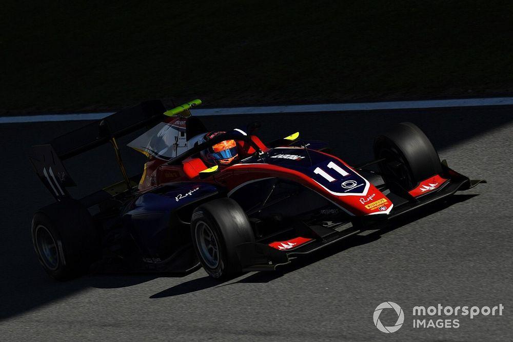 Novalak topt F3-test Barcelona, Van der Helm maakt eerste meters