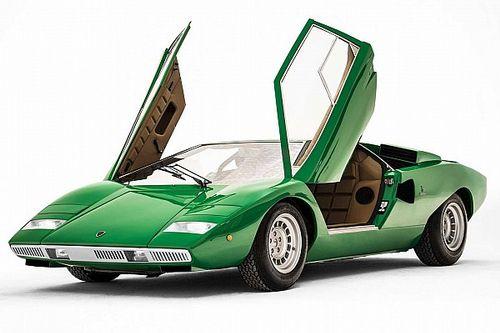 Lamborghini Countach compie 50 anni, sui social un video speciale