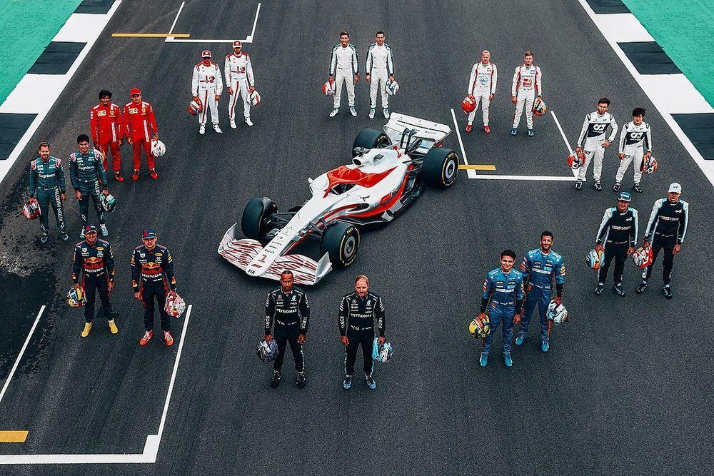 """次世代F1マシンの見た目は""""ヒドイ""""? リカルド、生放送での批判的コメントは「マシンのデザインとは無関係」"""